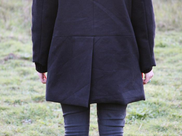 4-manteau-noir-burda-ludivineem