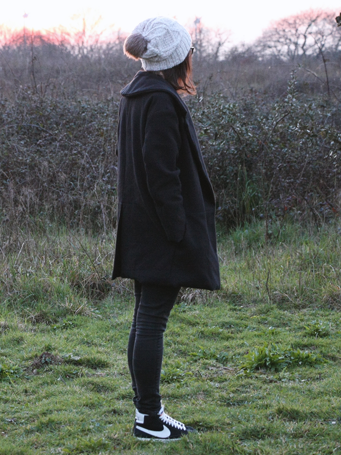 8-manteau-noir-burda-ludivineem